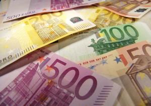 Geld - Peter Kirchhoff / pixelio.de